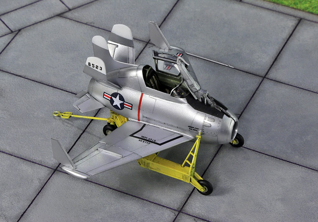 "McDonnell XF-85 ""Goblin"" [1:72-MPM] - Page 2 Img_4412"