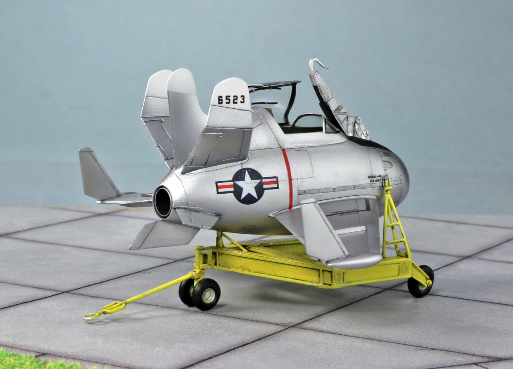 "McDonnell XF-85 ""Goblin"" [1:72-MPM] - Page 2 Img_4418"