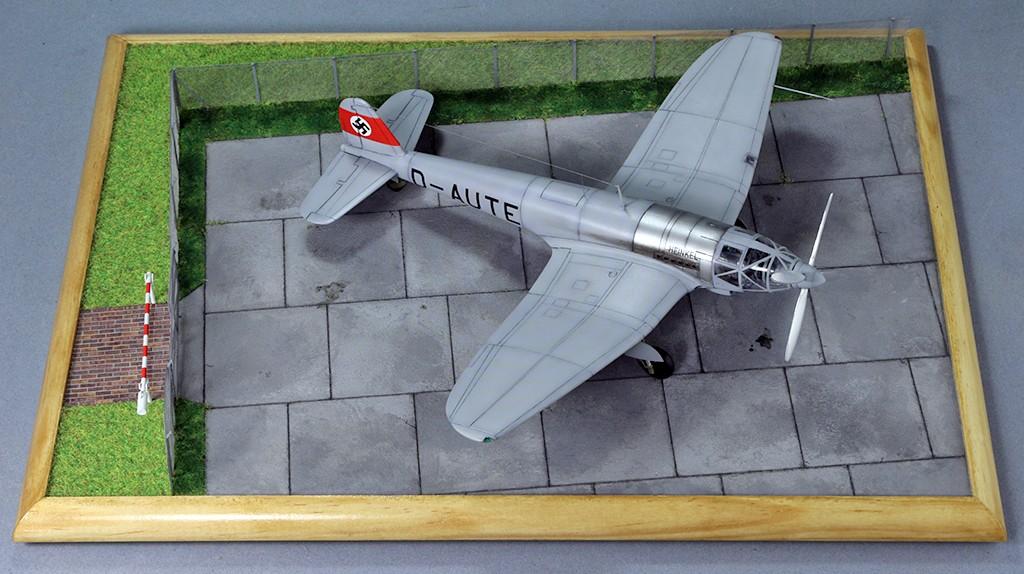 Heinkel He 119 V4 (Planet Models 1:72) Img_4533