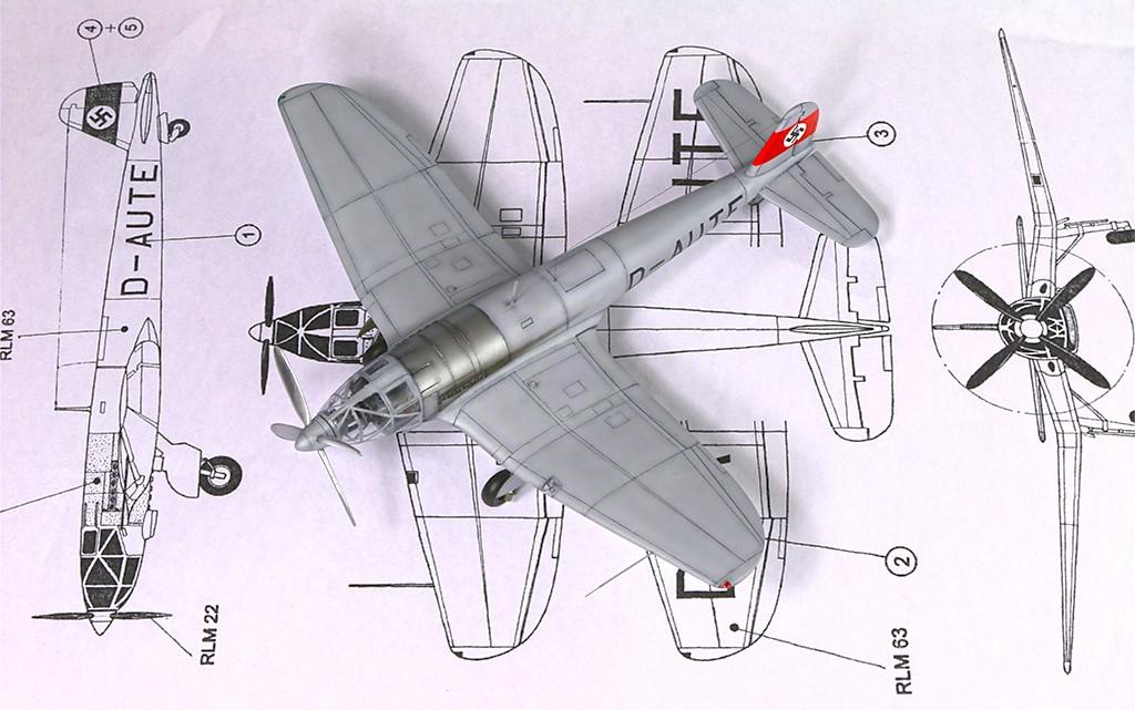 Heinkel He 119 V4 (Planet Models 1:72) Img_4615
