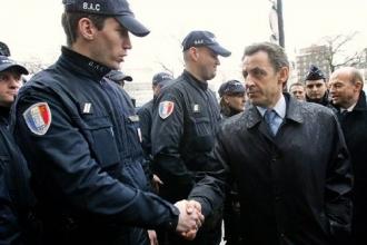 Prison ferme pour avoir injurié Nicolas Sarkozy 33404410