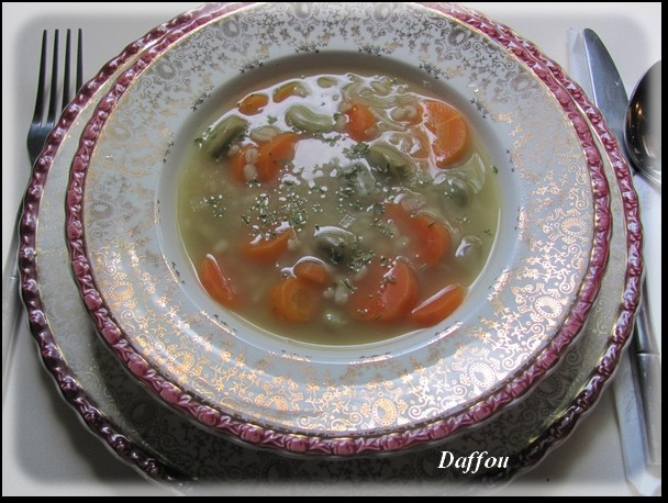 Soupe aux gourganes  ( pour une où deux personnes) Soupe_11
