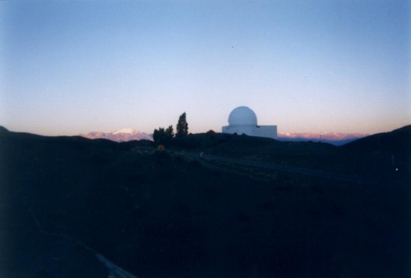 Observatoires astronomiques vus avec Google Earth - Page 6 El_leo13