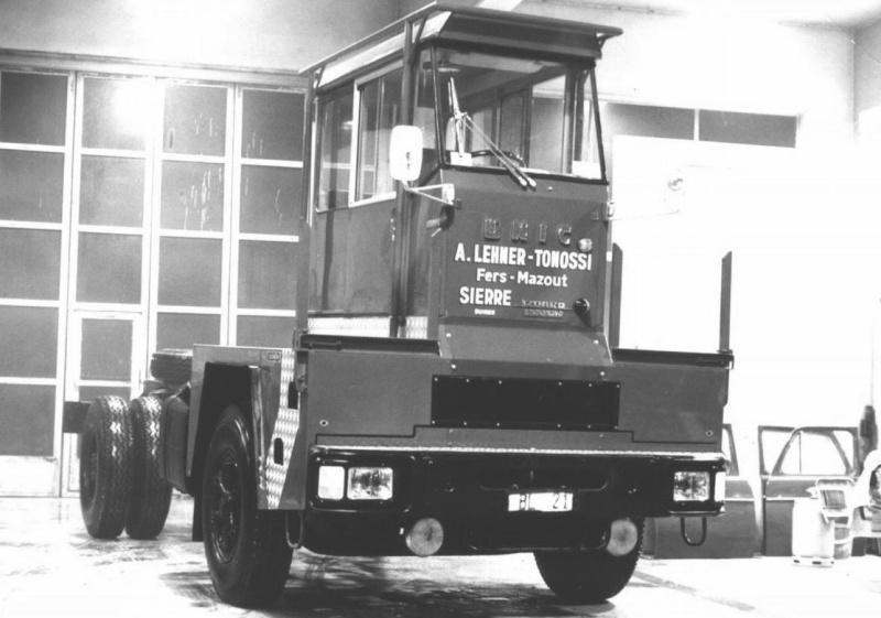 Les camions porte-fer 1210