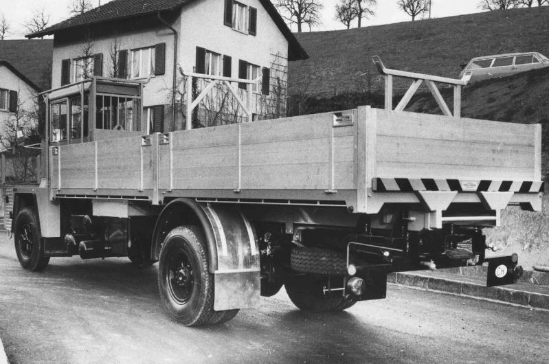 Les camions porte-fer 2910