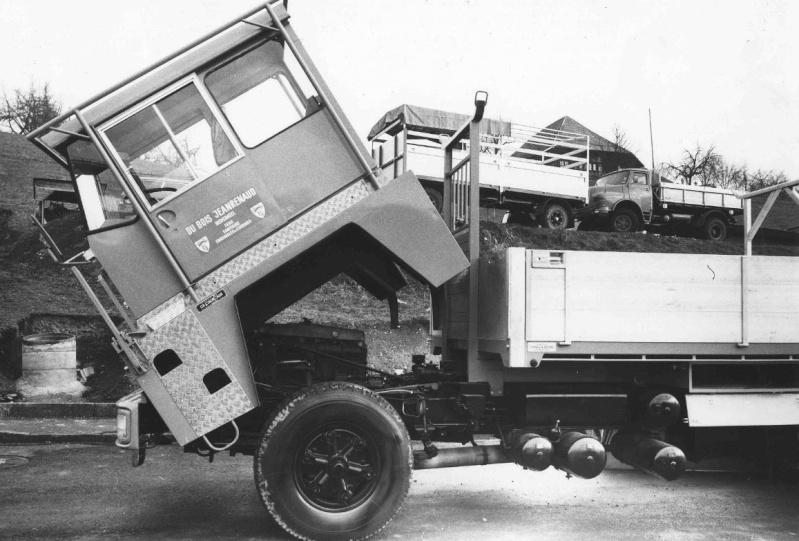 Les camions porte-fer 3310