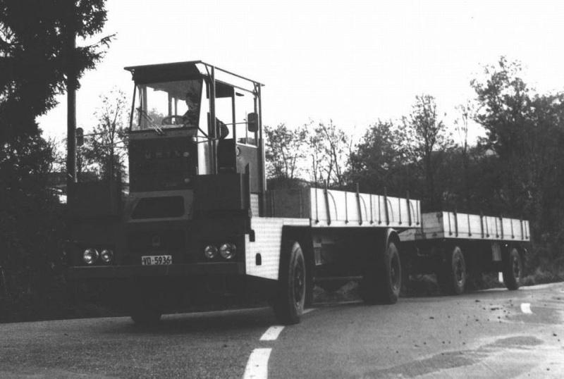 Les camions porte-fer 810