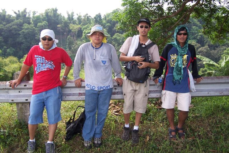 Ganito sila ngayon Hiking11