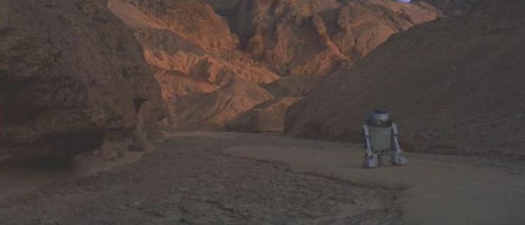 "La ""Death Valley"" de Tatooine (Star Wars 4 : A New Hope)  05-sw410"