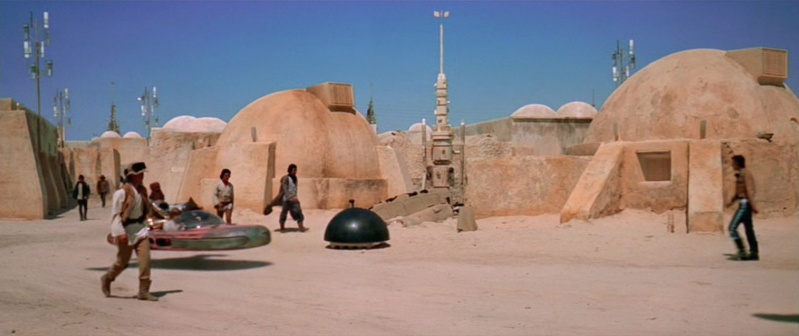 Dans les sables de Tatooine : sur les traces de George Lucas en Tunisie (Star Wars 4: A New Hope et Star Wars 1: The Phantom Menace) 1977-s14