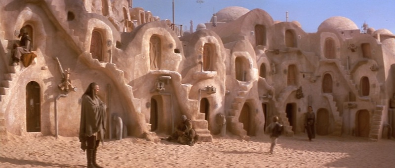 Dans les sables de Tatooine : sur les traces de George Lucas en Tunisie (Star Wars 4: A New Hope et Star Wars 1: The Phantom Menace) 1999-s12
