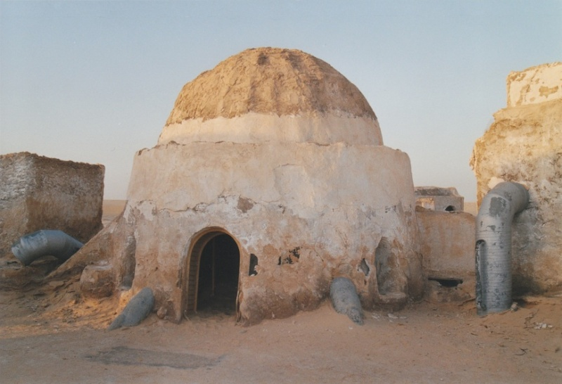 Dans les sables de Tatooine : sur les traces de George Lucas en Tunisie (Star Wars 4: A New Hope et Star Wars 1: The Phantom Menace) 2005-t11