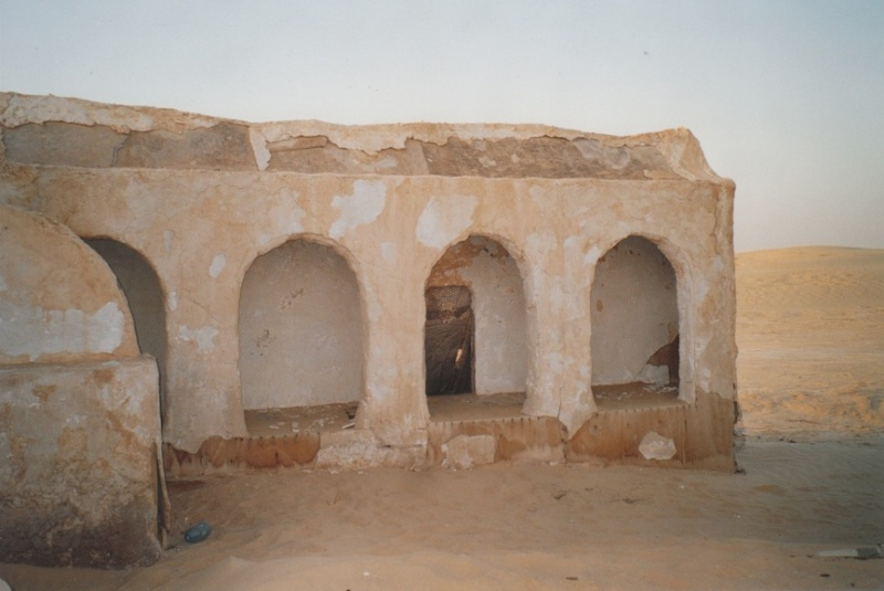 Dans les sables de Tatooine : sur les traces de George Lucas en Tunisie (Star Wars 4: A New Hope et Star Wars 1: The Phantom Menace) 2005-t12