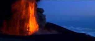 Quand l'Etna fait trembler Mustafar: une planète volcanique dans La revanche des Sith (Star Wars 3: Revenge of the Sith) Sw3-mu12