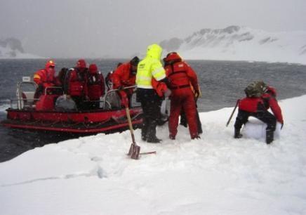 Accidents et tempêtes en mer : les news - Page 2 0111