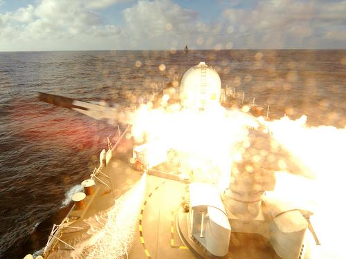 Type 42 Class destroyer - Page 2 Fire1_10