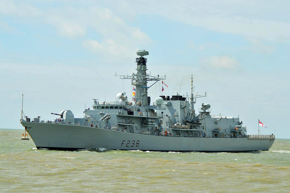 Le HMS Northumberland (F238) à Oostende le 17.06.2015 Hms_no11