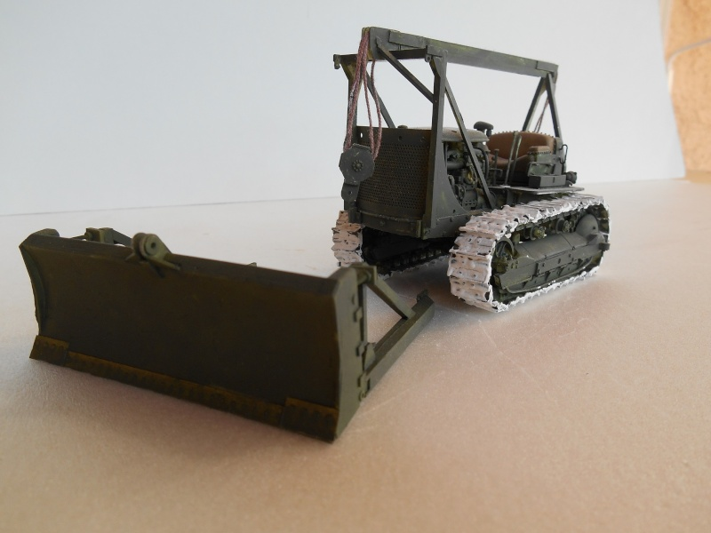 US Army Tractor Dozer Blade [Miniart 1/35] -Terminé- Bull_d10