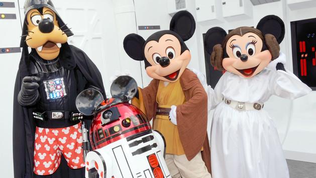 Star Wars à DisneyLand Paris - Page 2 Charac10