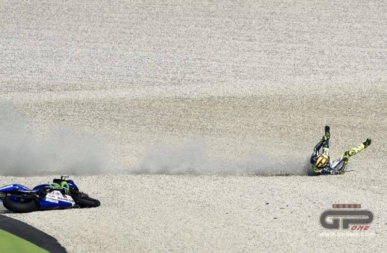 Moto GP 2015 - Page 2 10420210