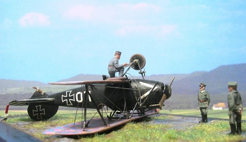 Albatros D-Va Ernst Udet 1/72 Albatr15