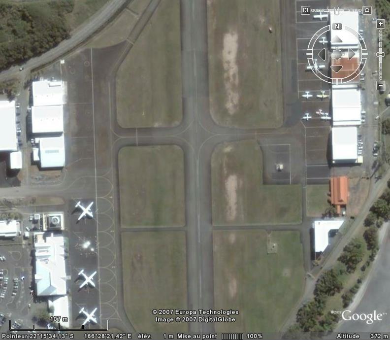 Aéroports - Page 4 Noumea11