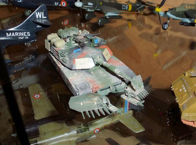 M1 Abrams première génération M1a1_a10