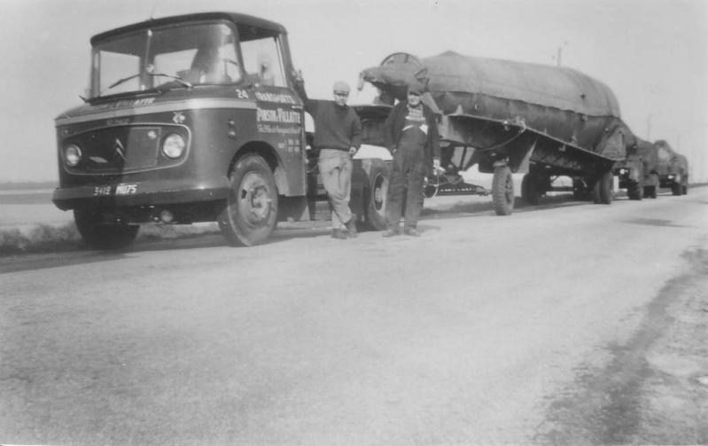 Photos d'époque de camions Citroën - Page 28 01010