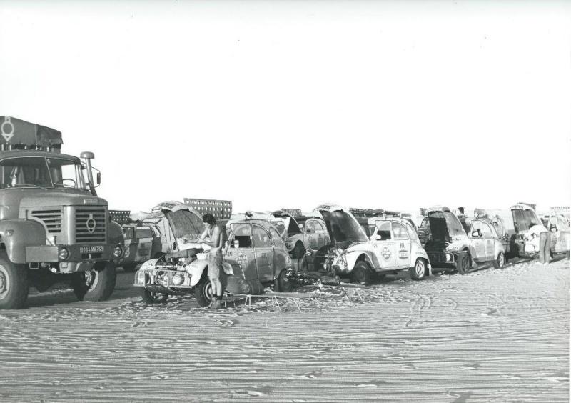 Les BERLIET et 2cv du RAID AFRIQUE 1973 Capt2011