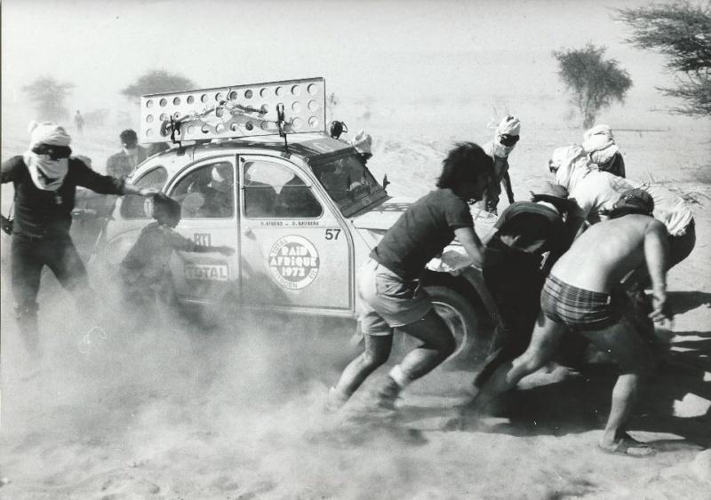 Les BERLIET et 2cv du RAID AFRIQUE 1973 Capt2012