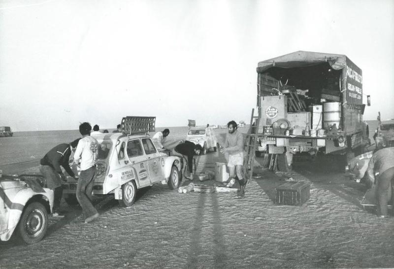 Les BERLIET et 2cv du RAID AFRIQUE 1973 Capt2014