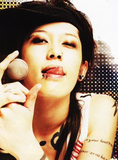 The GazettE Miyavi14