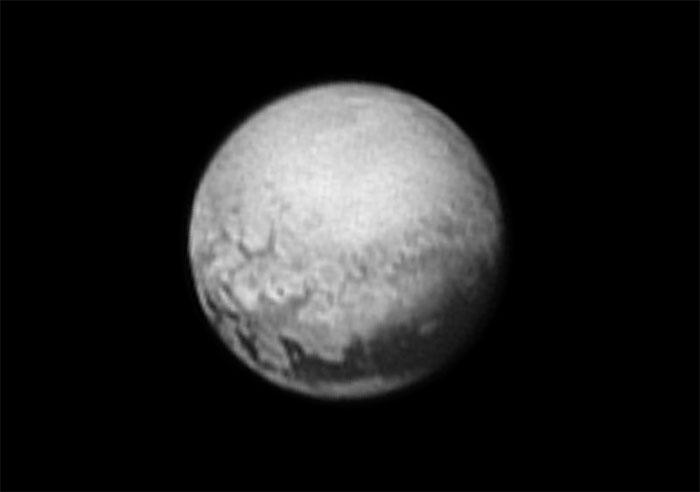 New Horizons : survol de Pluton (1/2) - Page 22 Aaa329