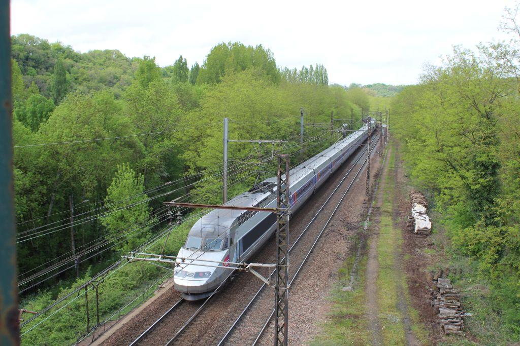 TGV à St Benoit 86 Img_0511