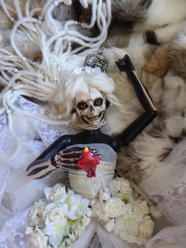 [Mécontes de fées] La Dame [ Juri 06 cadavre] 22/06 - Page 2 P1000123