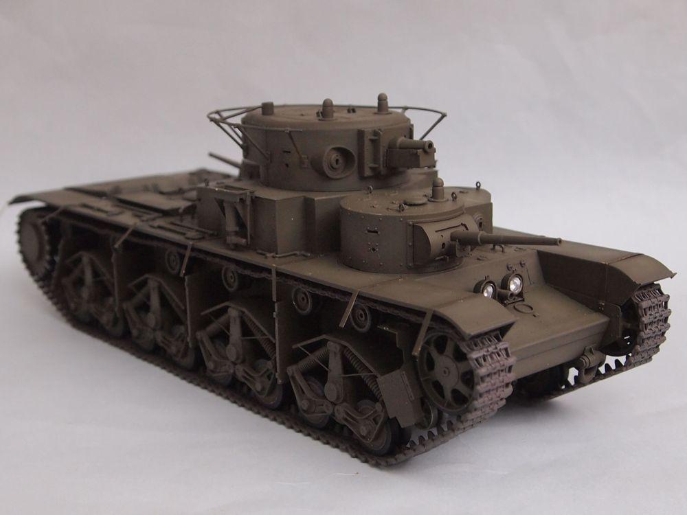 T-35 début de production [Hobby Boss ref 83841 echelle 1/35): la peinture Mon1112