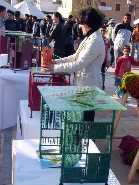 تحضيرات تظاهرة ساحات تنسج.. في القيروان 2008 (isamk) Tiss8015