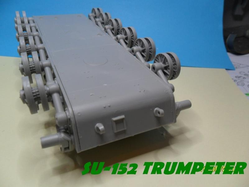 SU-152 LATE Trumpeter 1/35 Sam_5040