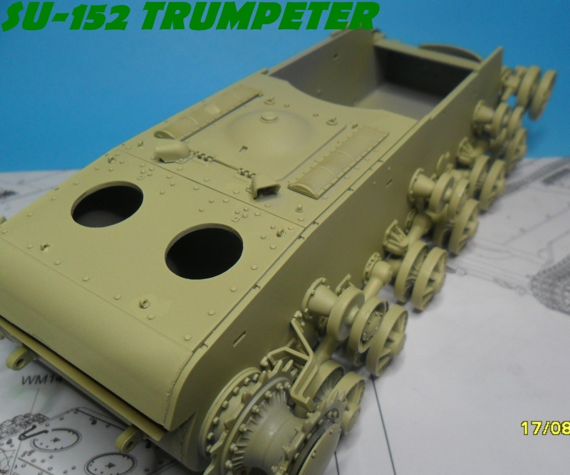 SU-152 LATE Trumpeter 1/35 - Page 2 Sam_5052