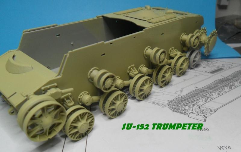 SU-152 LATE Trumpeter 1/35 - Page 2 Sam_5053