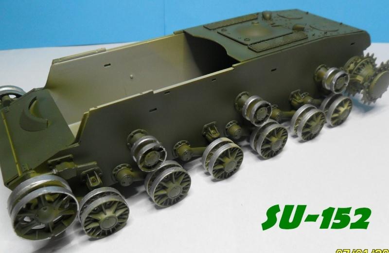 SU-152 LATE Trumpeter 1/35 - Page 2 Sam_5123