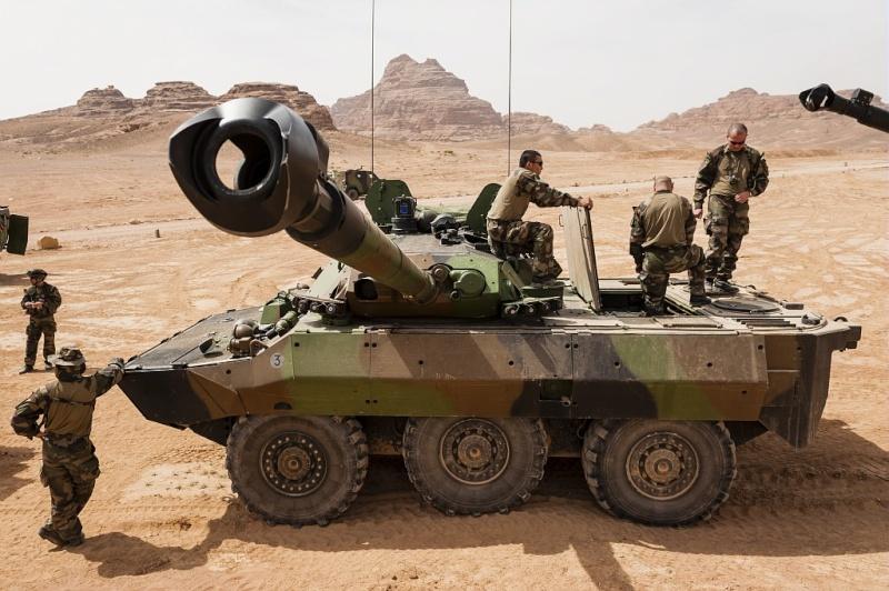 AMX 10 RCR - Tiger Model - 1/35ème Rc9010