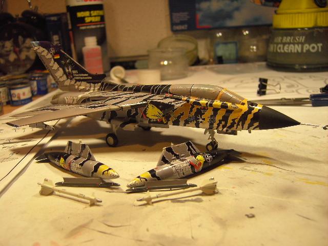 "Tornado ECR ""tigermeet 2011/12"" REVELL 1/72. Tornad13"