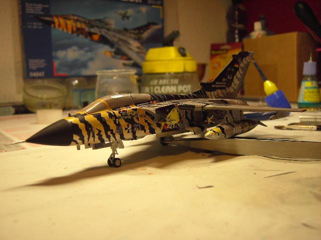 "Tornado ECR ""tigermeet 2011/12"" REVELL 1/72. Tornad18"