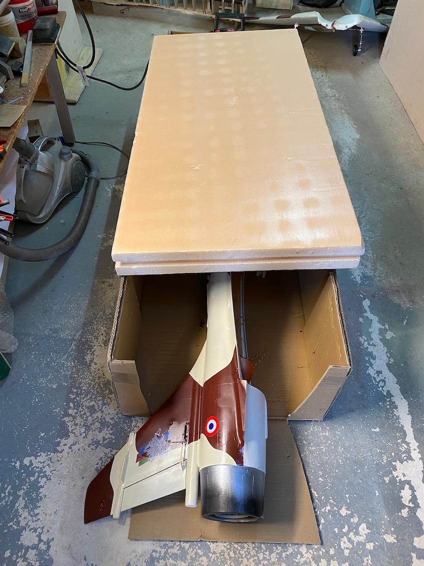 avion - Reconstruction d'un avion en Airex Img_2325