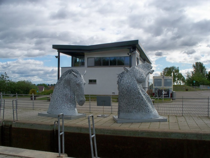 [Enfin visible sur Google Earth] - Les Kelpies d'Andy Scott - Falkirk - Ecosse - UK 39298010