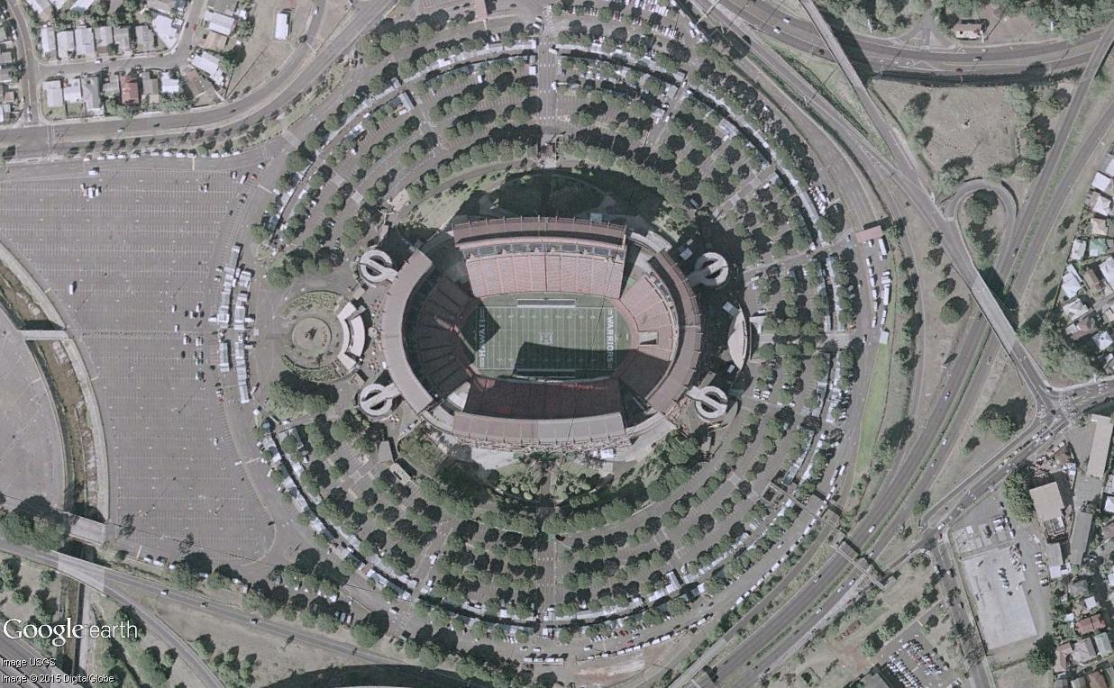 L'Aloha Stadium, un stade à géométrie variable (Honolulu, Hawaï) Aloha_11