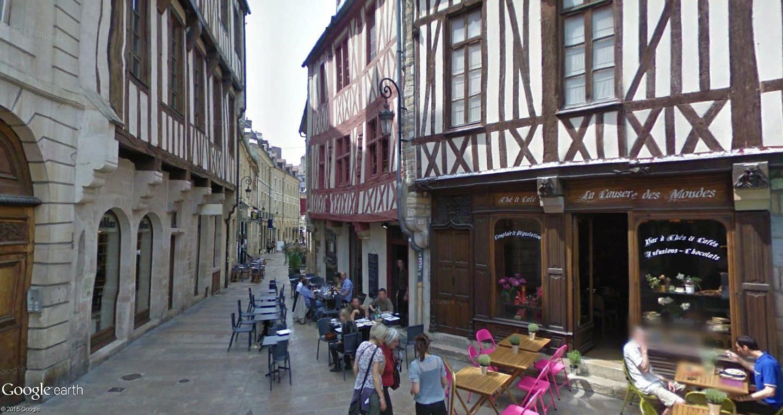 STREET VIEW : les cartes postales de Google Earth - Page 29 Dijon10