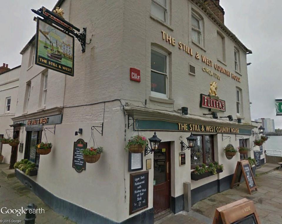 STREET VIEW : les pubs, une invitation à entrer... Fuller11