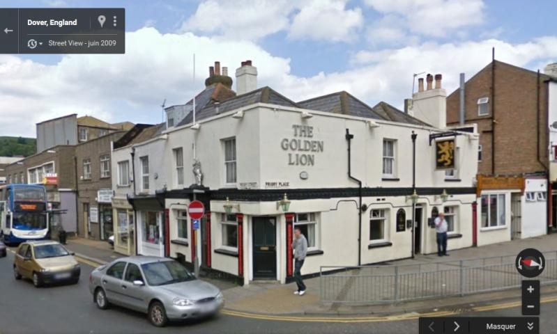 STREET VIEW : les pubs, une invitation à entrer... Golden10
